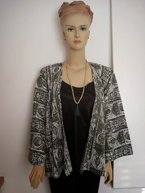 Easy Kimono Jacket Tutorial + FREE Sewing Pattern