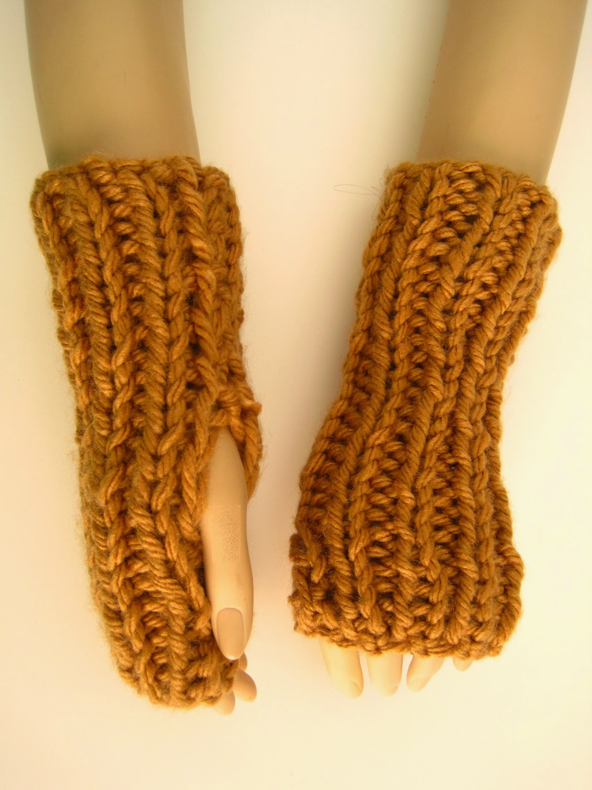FREE Mittens Knitting Pattern