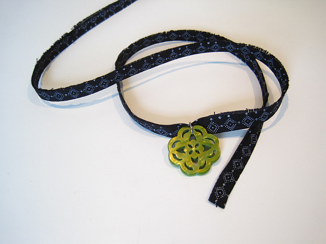 Fabric scrap choker plus pendant