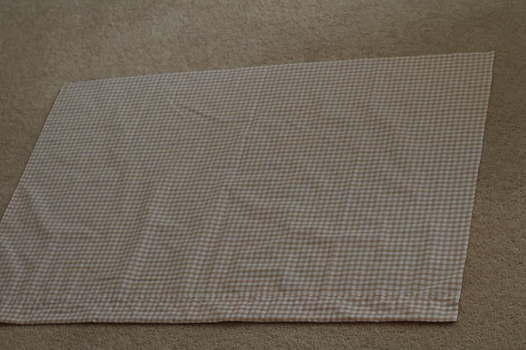 Sew a flat seam all around