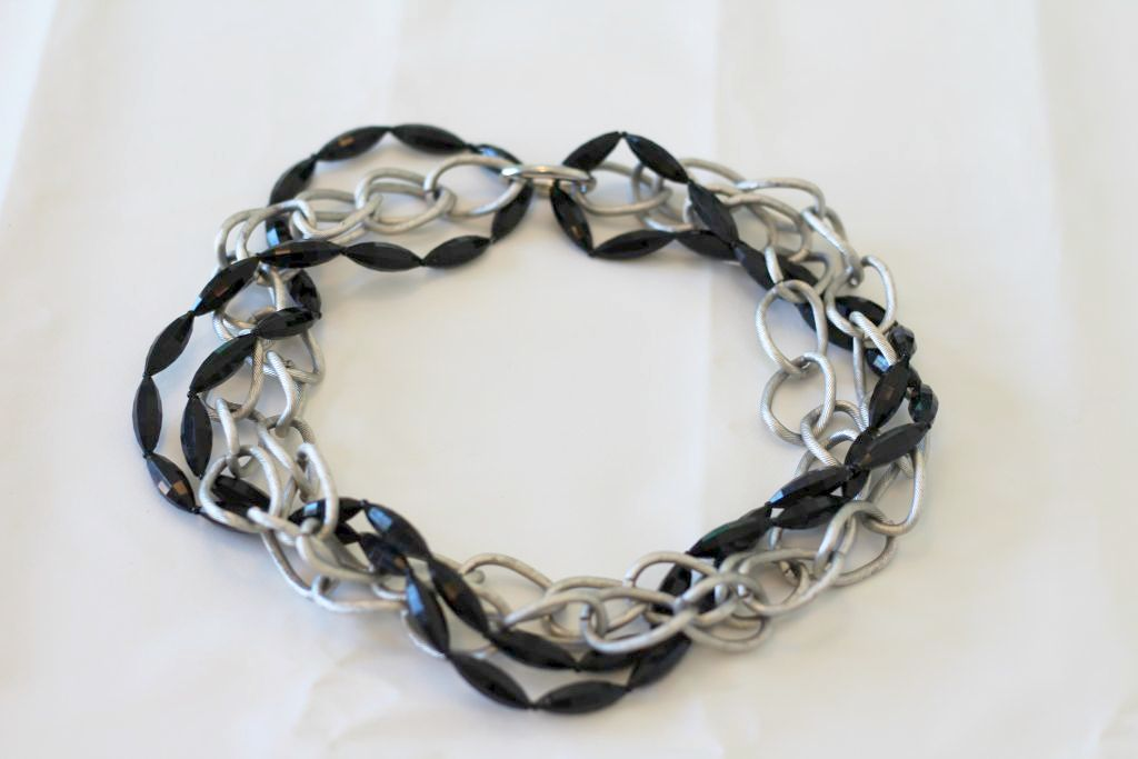 Twisted Bead Necklace