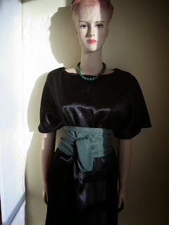 Skinny Scarf as a Waist Tie with Shift Dress and Malachite Beads