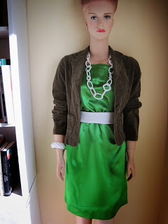 Sewing Instructions for Green Satin Shift Dress, Nipping, Cutting Curved Edges, Plastic Clip Necklace