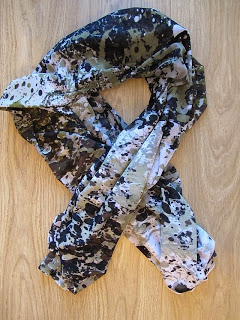 DIY Paint Splash Print Scarf