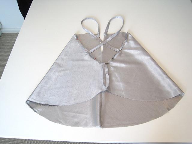 Attach straps and hem around edges