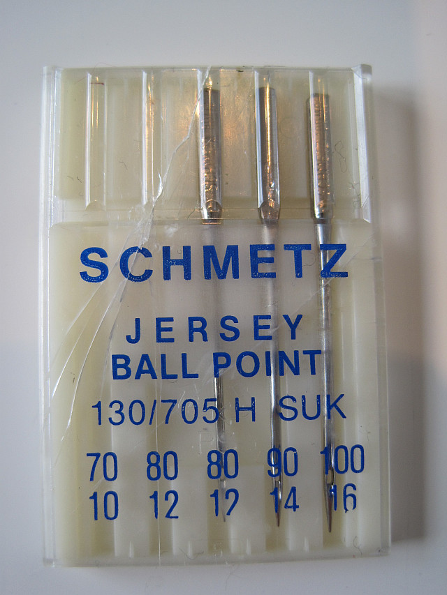 Ball point or jersey sewing needle