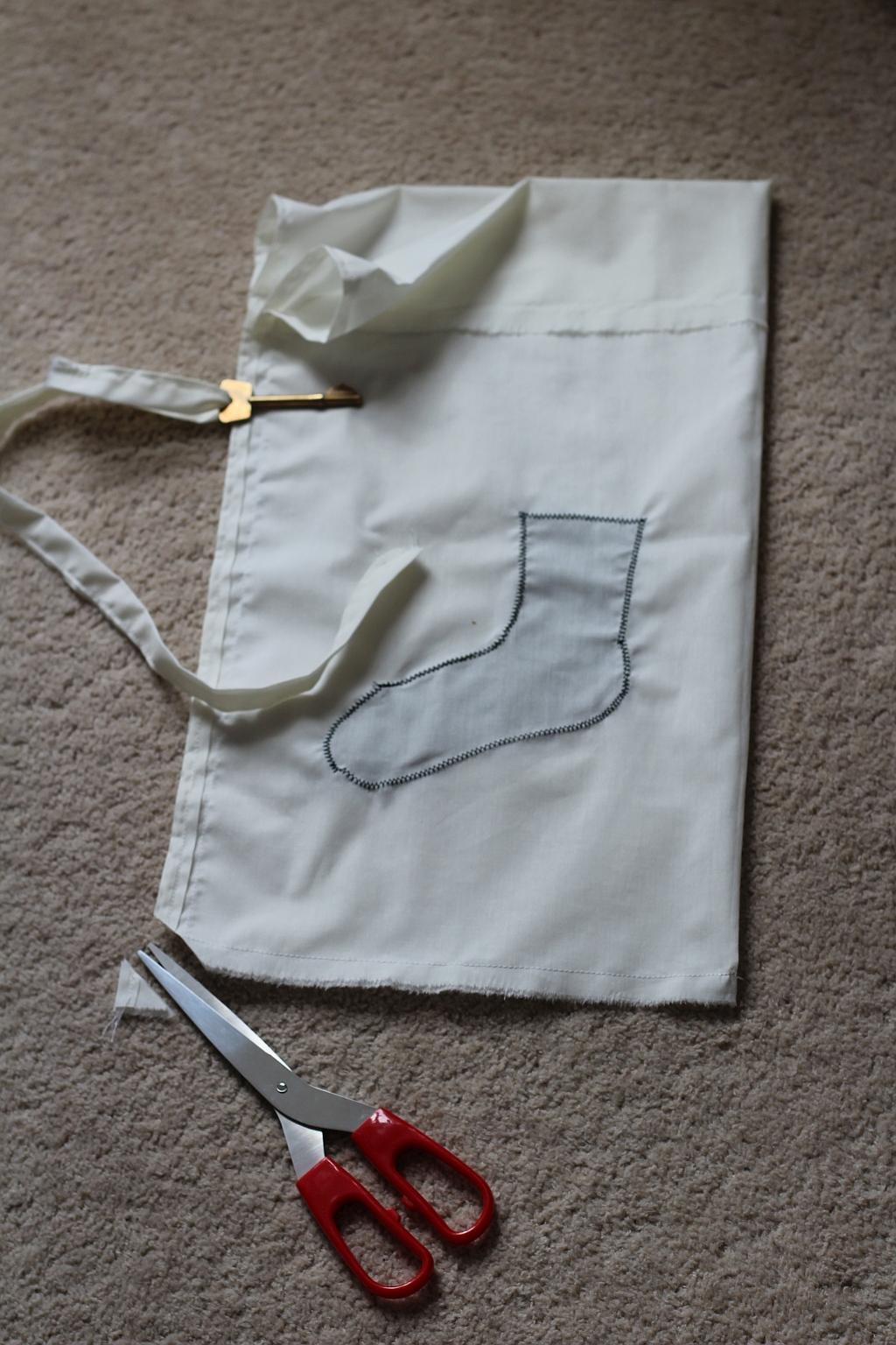 Thread draw string