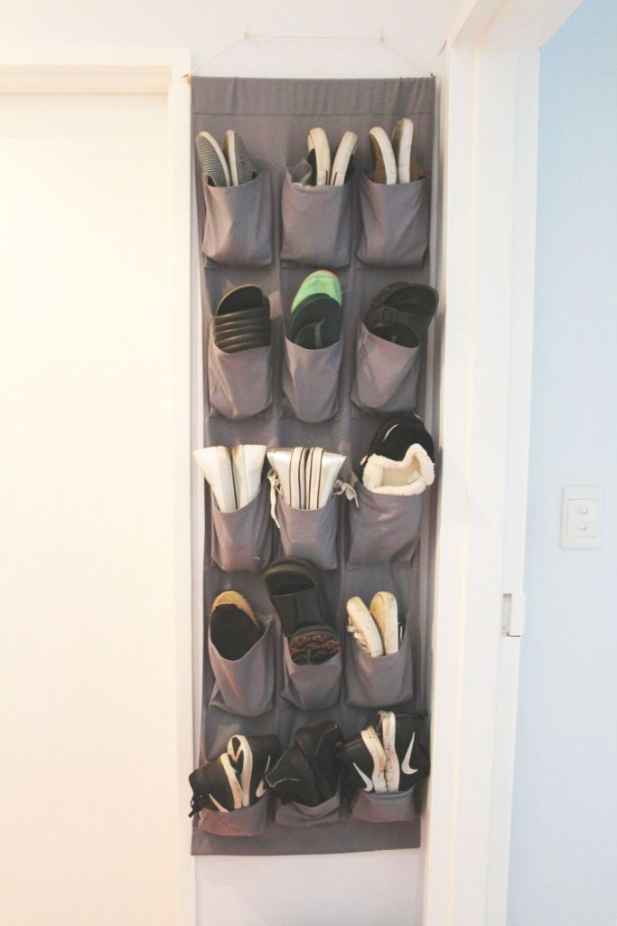 Wall Shoe Holder